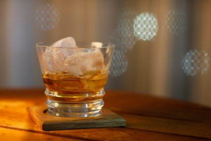 ウイスキー シングル ダブル