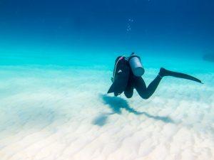 ダイビング 初心者 怖い